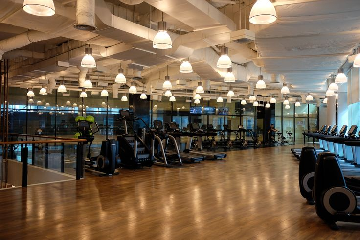 With over 8,000 square meters of space, Kerry Sports Manila is probably the largest indoor lifestyle club in the Philippines (or at least, we've been to). It has an indoor basketball court, tennis courts, squash courts, extensive gym facilities with state-of-art fitness equipment, exercise studios for yoga, Pilates, dance, spinning, kickboxing and mixed martial arts, a wellness spa, a sauna, steam room, and a cold plunge pool.