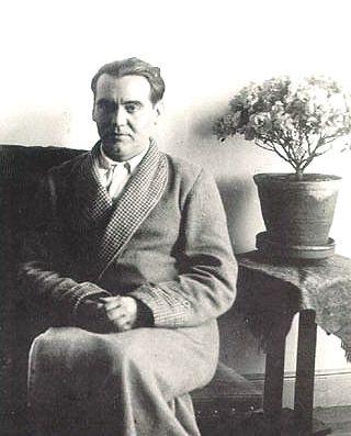 Alfonso Sanchez Garcia : Spanish Poet Federico Garcia Lorca 30's