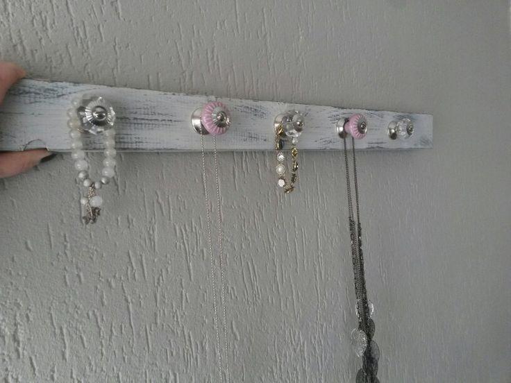 Jewelry reck / sieraden rek.