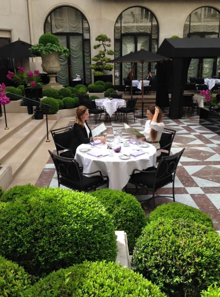 Wonderful afternoon at the Marble Courtyard having lunch having David Bizet's cuisine