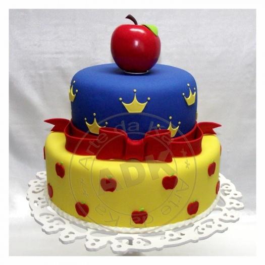 Snow White Cake by Arte da Ka