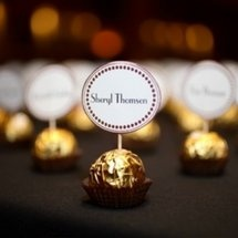 name place card idea so cute for new years eve or dinner party
