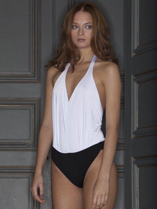 Un maillot de bain DO pour cacher le ventre - Cosmopolitan.fr