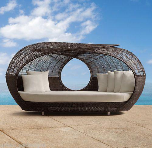 Latest Modern Designer Outdoor Rattan Wicker Stylish Garden Patio Day Bed Pool