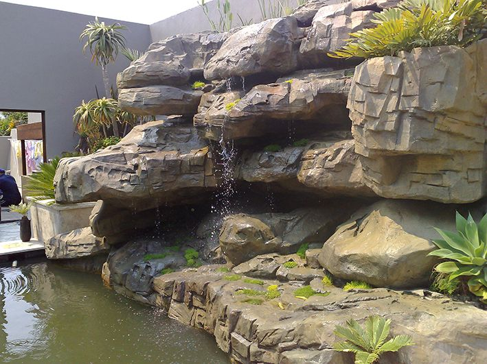 Biological filtration and waterfall oxygenation of this natural swimming pool.