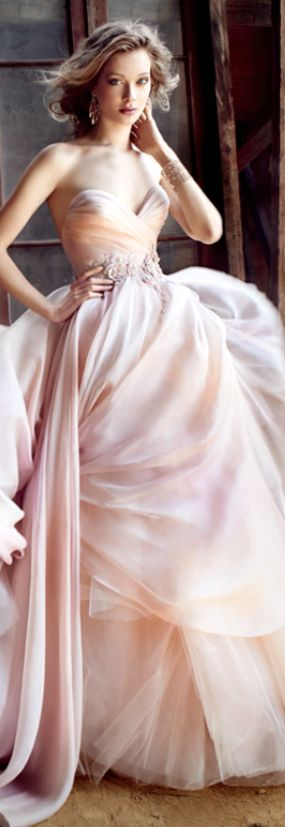 Lazaro 2015 ❤how divinely feminine is the woman who wears this dress feeling ..... just lovely .............