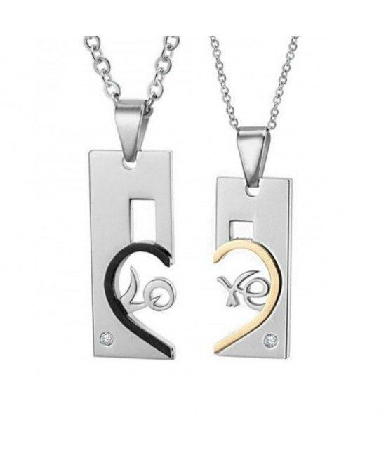 Este un set de coliere al caror design celebreaza dragostea. Unul din coliere este special gandit Pentru El, iar cel de-al doilea, Pentru Ea. Colierele, alaturate, creaza cuvantul Love incastrat in tiparul unei inimi.Reprezinta cadoul perfect pentru indragostiti  #cadou #nunta #cuplu #bijuterii