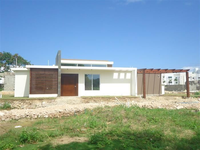 Listing #: V-12126 LG City: Sosua Price: U$172,000 Bedrooms: 2 Bathrooms: 2 Living area (sq. Feet): 1506,95 / sq Meters: 140 Lot Size (sq Feet): 4199 / sq Meters: 390