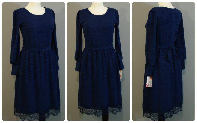 Темно-синее платье с кружевом по подолу | Платье-терапия от Юлии
