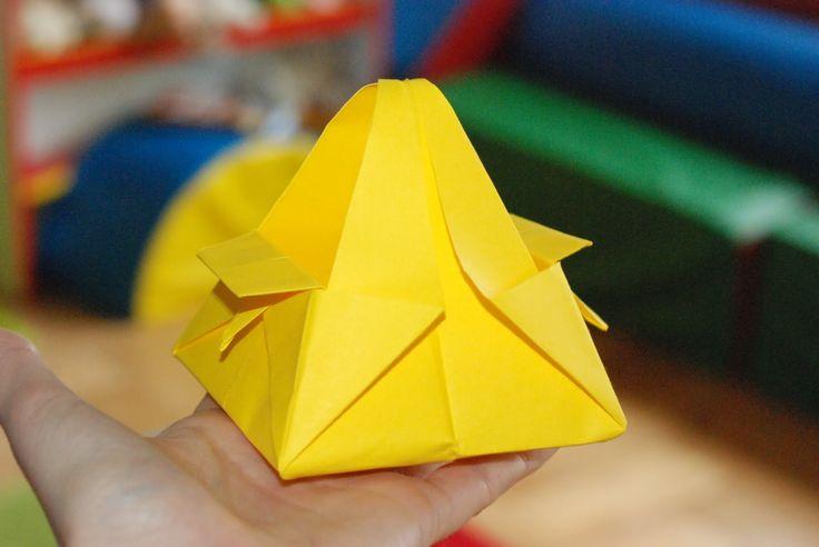 Znajdą się odważni, by zanieść w tym jajka do święcenia? :P  #instrukcja #instruction #instructions #handmade #rekodzielo #DIY #DoItYourself #handcraft #craft #lubietworzyc #howto #jakzrobic #zrobtosam #instrucción #artesania #声明 #origami #paperfolding #折り紙 #摺紙 #elorigami #papier #zpapieru #paper #papel #depapel #紙 #紙巾 #ozdoby #dekoracje #decorations #decorado #布置 #Dekorationen #украшения #Wielkanoc #Easter #Pascua #復活節 #Ostern #Пасха #koszyk #basket #fiambrera #Korb #корзина