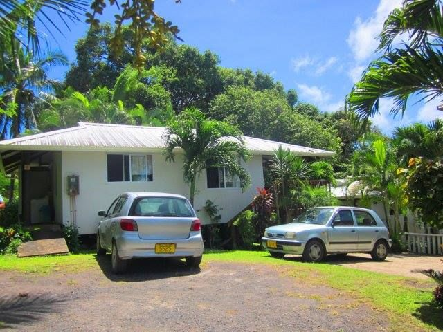 Get quality airport cars rentals services in Rarotonga. We provide luxury budget International airport car hire service at very cheap prices in Rarotonga.