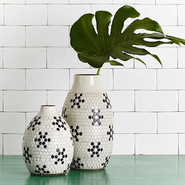 It's clear the inspiration for our Penny Round vases came from vintage tiles. A summer duo for the monochromatic minimalist #summer #decor #haveyoumetmissjones #handmade
