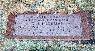Sid Luckman (1916 - 1998) Football player, longtime Chicago Bears quarterback, NFL MVP three times