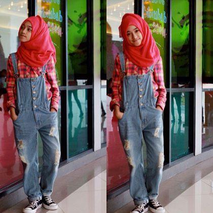 Hijab Style: Gaya Stylish Shireeenz, Remaja yang Populer di Instagram