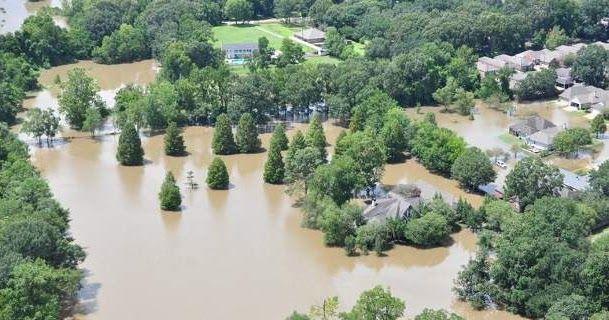Φονικές πλημμύρες στη Λουιζιάνα -13 νεκροί σύμφωνα με νεότερο απολογισμό