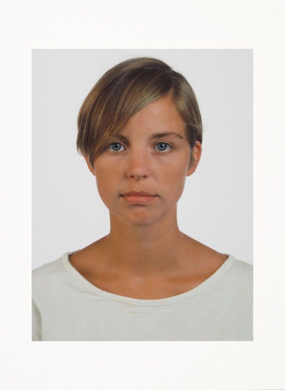 "THOMAS RUFF: ""Porträt 1989 (I. Graw)"", 1989/2012"