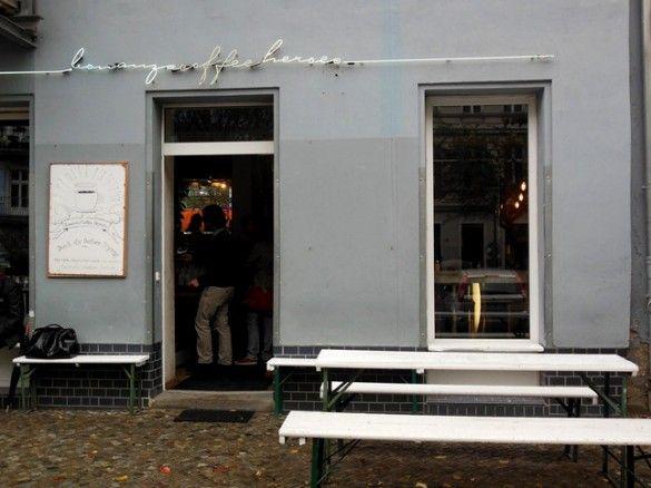 Bonanza Coffee Heroes is een klein koffie cafe in Berlin Prenzlauer Berg waar ze de beste slow koffie serveren. Lees hier meer.