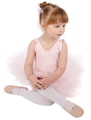 Lograr un equilibrio entre cuerpo y mente es el principal objetivo de la danza, disciplina en la que los niños pueden iniciarse a temprana edad a través de ejercicios que despiertan su sensibilidad nerviosa.