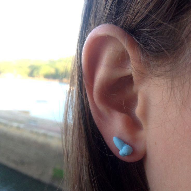 boucle d'oreille-zizi