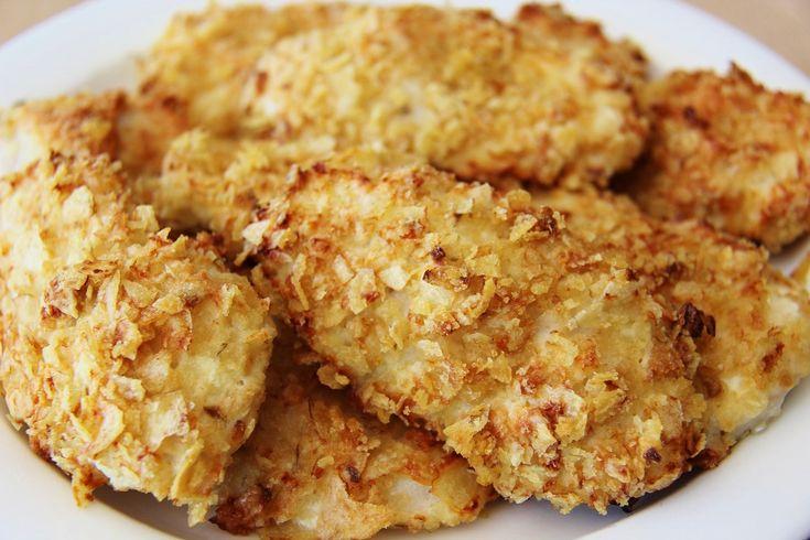 Nopeasti valmistuvat kanafileet maistuvat varmasti koko perheelle. Muista varata jokaiselle syöjälle ylimääräinen filee, sillä nämä häviävät hetkessä parempiin suihin.   Sipsikuorrutetut kanafileet 480-500 g kanafileitä 1 dl turkkilaista jogurttia 1 kananmuna 6 dl murskattua sipsiä (½ tl mustapippuria)  1.Laitauuni kuumenemaan 200 asteeseen. (keskitaso) 2.Vatkaa muna ja turkkilainen jogurtti yhteen. (lisää halutessasi mustapippuri) 3.Murskaa …