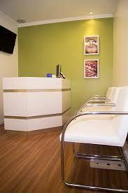 sala de espera consultorio dentario - Buscar con Google                                                                                                                                                                                 Más
