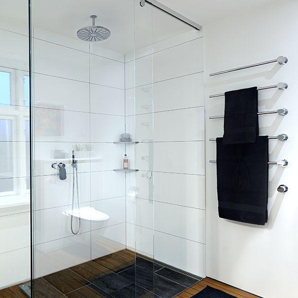 Mindre bad med plads til det hele, badeværelse inspiration ...