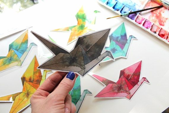 This is for a single paper crane vinyl sticker created using the image from my original watercolor painting. ***Please choose 1 in the color of