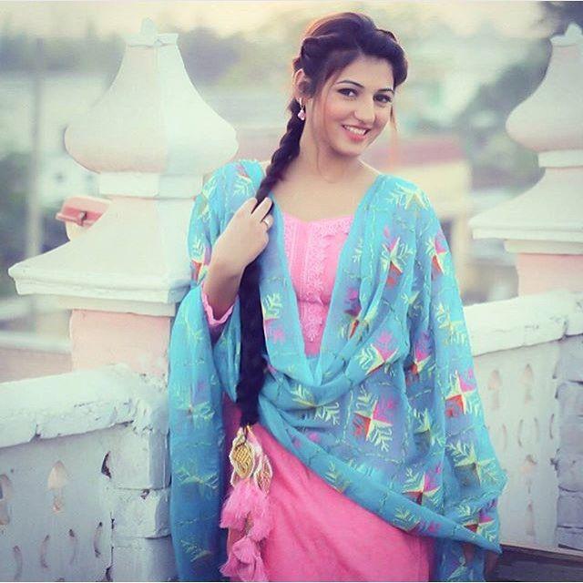Punjabi pink suit