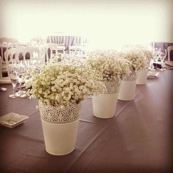 By L'Atelier de Vik - Aix en Provence  joli aussi dans ce style de centre de table, ajouter quelques bougies et ce sera top... :)