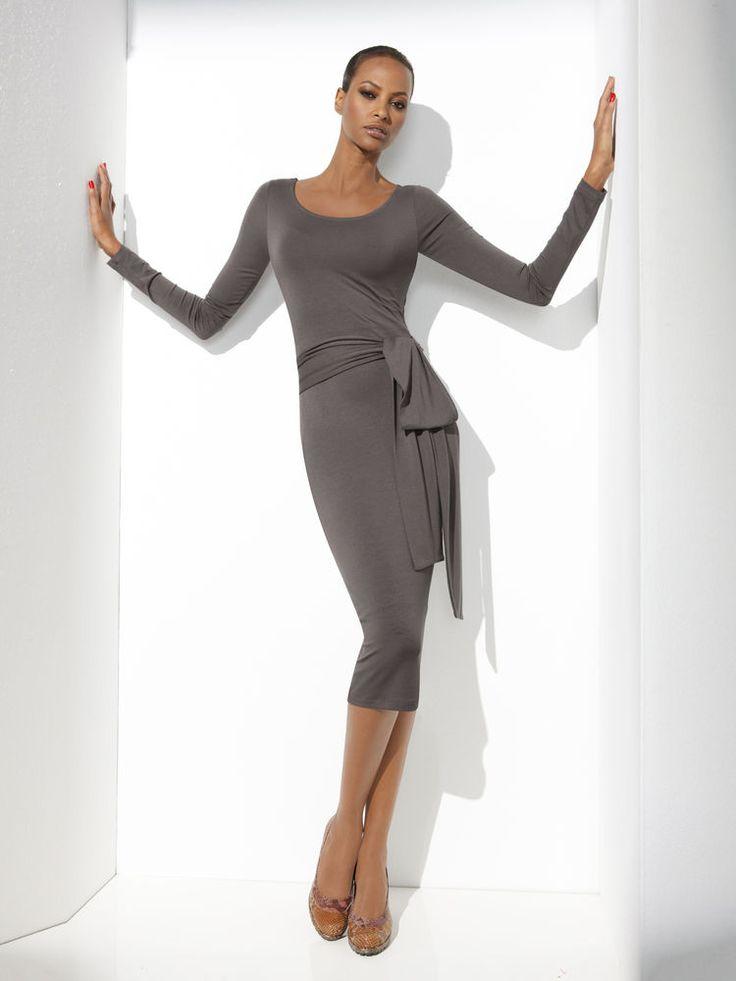 Mode femme tendance robes gainantes chic effet lift invisible - Helline fr tendances ...