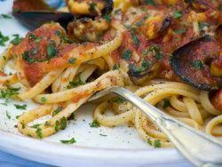 Spaghetti met mosselsaus - spaghetti sugo di cozze