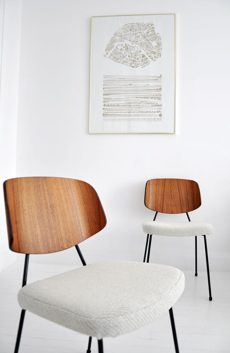 .. Chaise tubulaire Thonet - Contreplaqué moulé - Mobilier vintage ..