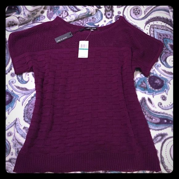 """Brand new cable & gauge light weight sweater Brand new light weight sweater .  """"Cold shoulder"""" meaning arms are open on top.  Please see photo.  Super cute and ready to find a good home  Cable & Gauge Sweaters"""