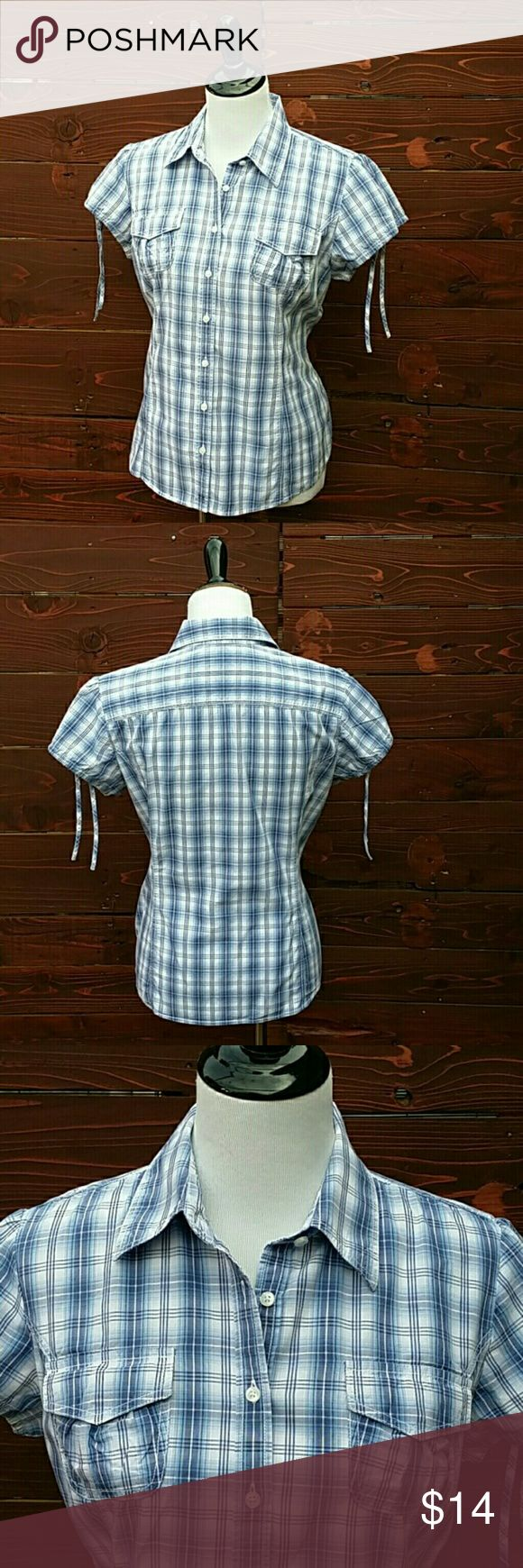 Tommy Hilfiger Blue Plaid Short Sleeve Button Down In excellent used condition. Tommy Hilfiger blue paid, short sleeve, button down shirt. Shirt features draw string sleeve with tie. Tommy Hilfiger Tops Button Down Shirts
