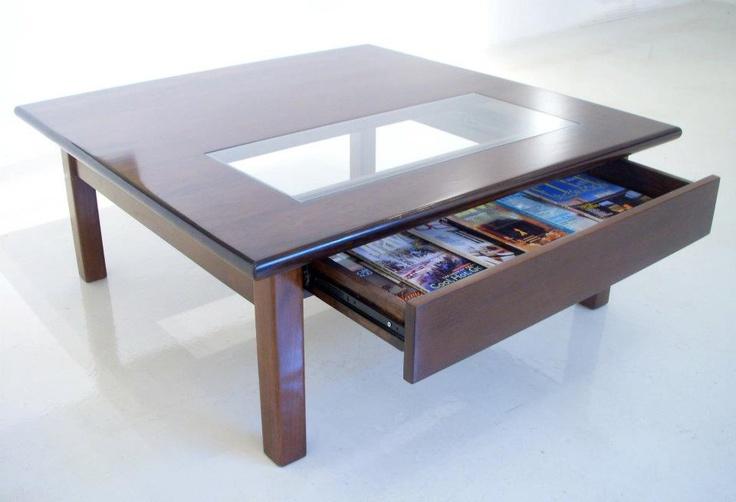 Mesa baja con cajón