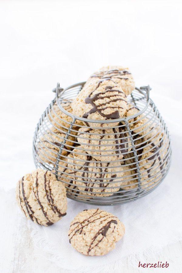 Plätzchen Rezepte - Keks-Rezepte: Haferkekse oder Haferflockenkekse sind ganz leicht zu backen! Das Rezept ist von herzelieb! #foodblog #schweden #deutsch #cookies