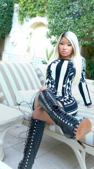 Nicki Minaj in Floral Stretch-Knitted Black and White Dress | Talking Pretty