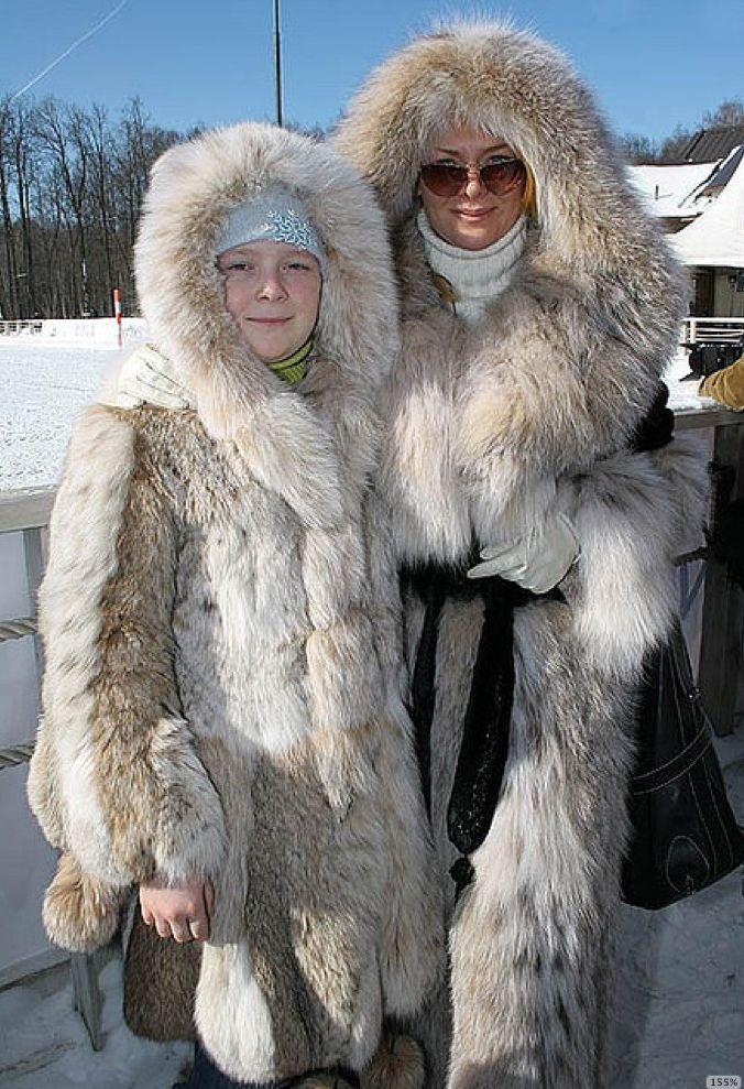St.Moritz fur resort+russian snow polo | Fur Fourrure ...