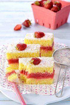 Torta cremosa limone e fragole