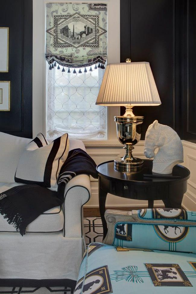 - Love the contrasting sofa trim/pillow/throw blanket combination; great window treatment