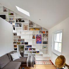 как использовать пространство под лестницей фото