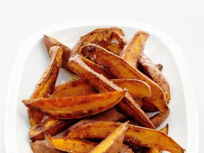 Spicy Sweet Potato Fries from #FNMag: Food Network, Sweet Potato Fries, Side Dishes, Sweet Potatoes Fries, Chili Powder, Brown Sugar, Spicy Sweet, Fries Recipes, Network Kitchens