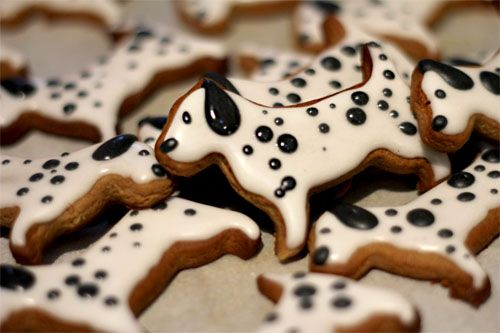 Gingerbread Dogs: Gingerbread Dalmatians, Dogs Cookies, 101 Dalmatians, Cookies Emily, Gingerbread Dogs, Puppies Cookies, Dalmatians Cookies, Cookies Jars, Adorable Gingerbread