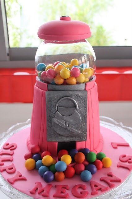 Beautiful Pink Gumball Machine! Yes, it's a cake!