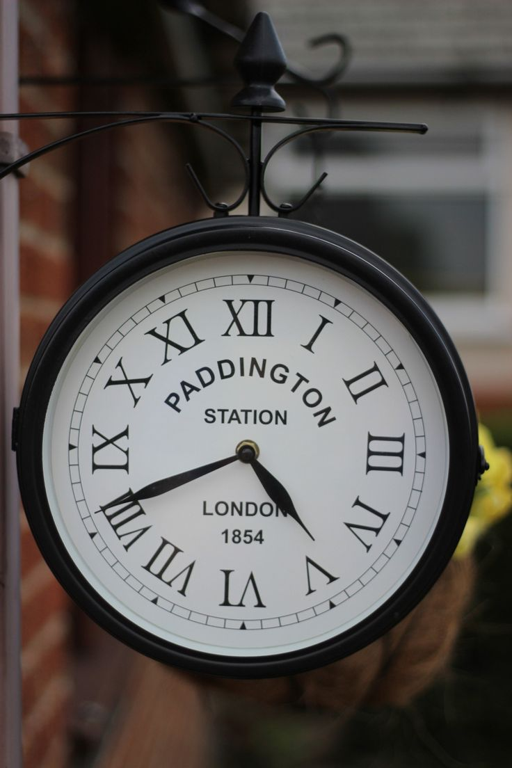 paddington station london pity this clock wasnu0027t nine minutes faster it would look fabulous as my u0027the from cover