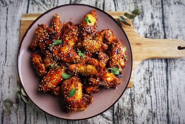 BBQ Chicken Wings Marinade Suess und herzhaft mit Teriyaki und Sesam