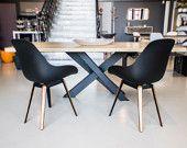Articles similaires à Table à Manger Collection X : Métal et Bois.  Iron, Steel and wood. sur Etsy