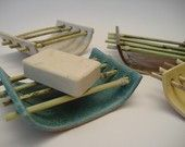 . . . great idea for a soap dish . . .Loo Looks like its fimo