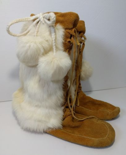 Vintage Rabbit Fur Mukluks Leather Boots Lace Up Size 9-10 White Moccasin Native