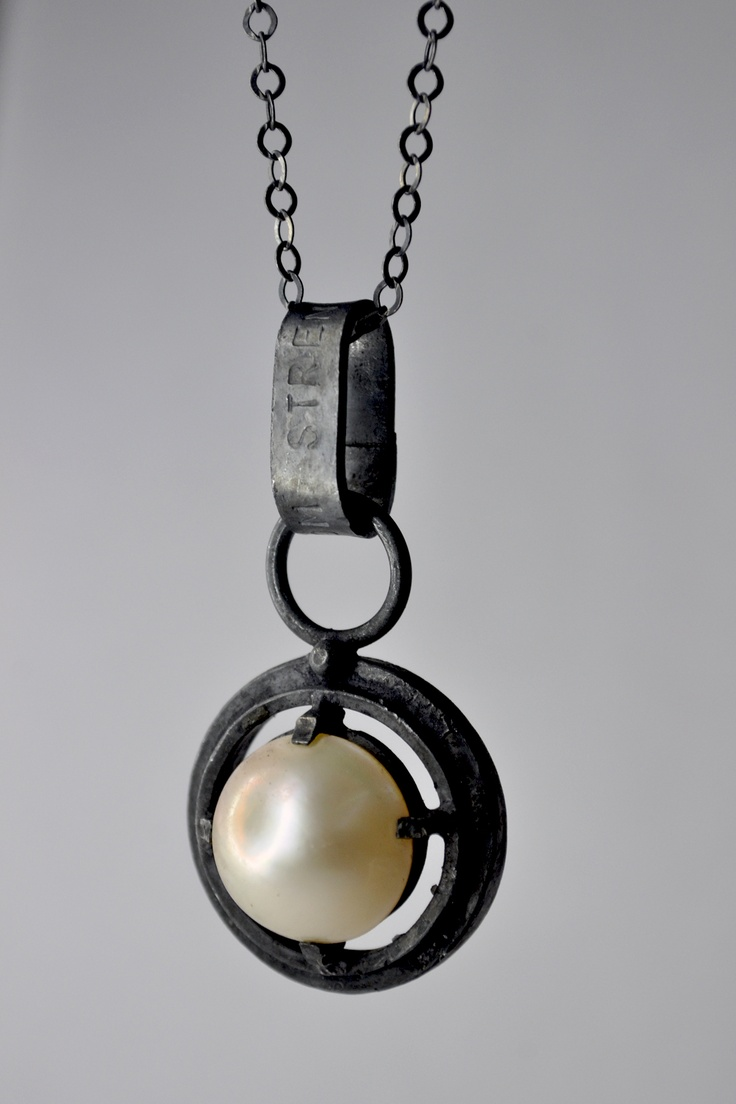 mabe pearl & oxidized silver -Alberto Dávila- Mexico.